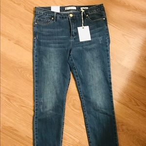 NWT ANNE KLEIN size 6 cropped jeans